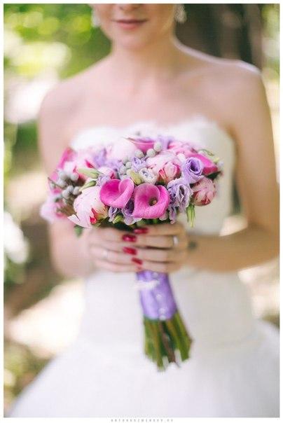 Букет невесты с пионами и каллами