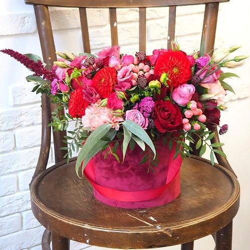 бархатная коробка с живыми цветами купить