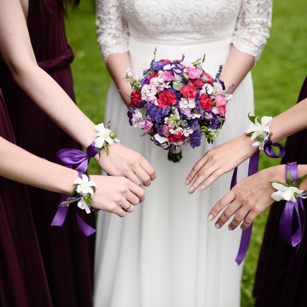 букет невесты 2018 модный ультра фиолет ultra violet