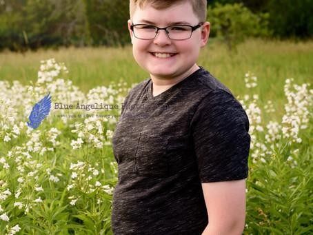 Covid Grad Portrait-Logan-Roseglen Elementary-Fox River Park-Waukesha