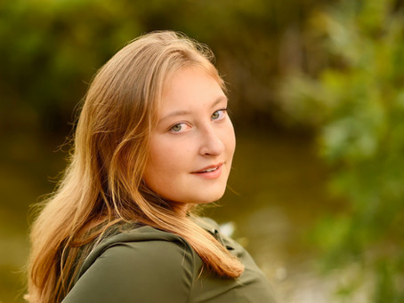 Senior Photos - Waukesha - Outdoor - Wisconsin - Lake Country - Photography -Lovely Girl-