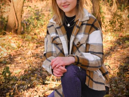 Beautiful Lily-Senior Photos-Nashotah-Delafield-Wisconsin-Cushing Memorial Park-Ice Age Trail