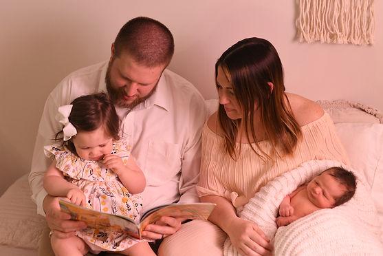 Waukesha-Wisconsin-Family-Newborn-Senior