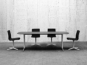 Gate konferencebord med shakerstel