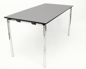 Concept bord med krom stel