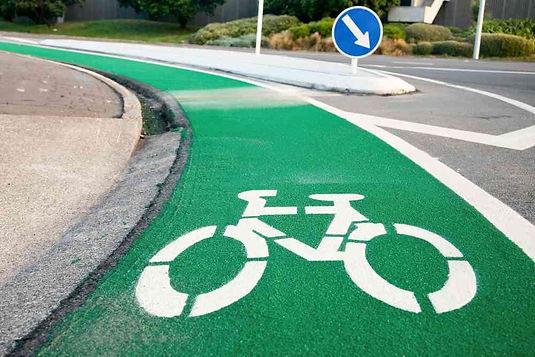 Des pistes cyclables colorées pour améliorer la sécurité des cyclistes