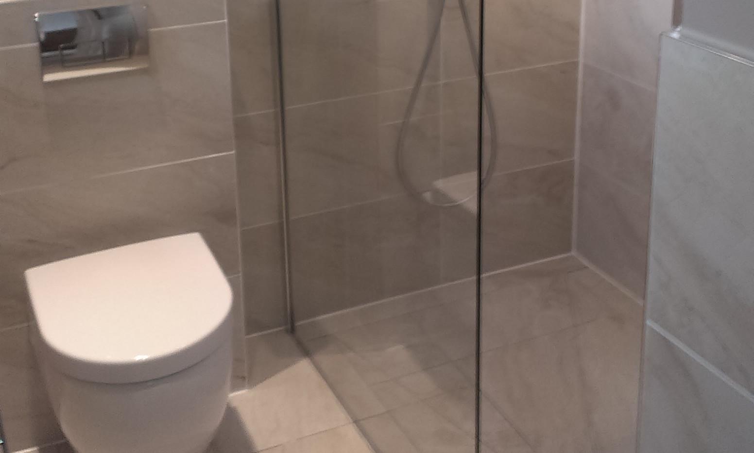 Bathroom Refurbishment 12