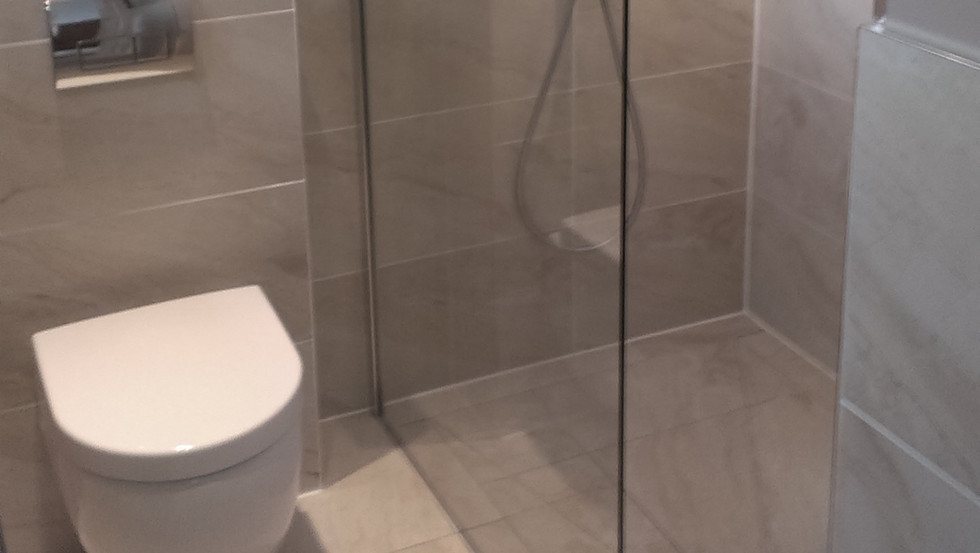 Bathroom Refurbishment 12