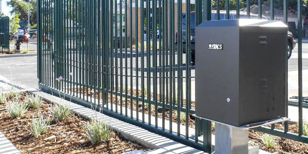 gate-operators-openers-li-02.jpg