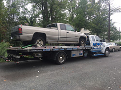 towing-flatbed-pickup
