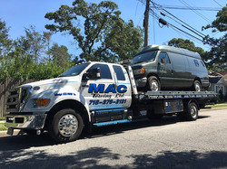 towing-flatbed-van1