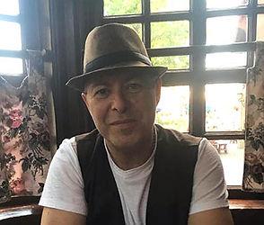 john-calvaruso-copywriter-artdirector.jp