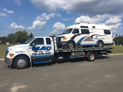 towing-flatbed-van2