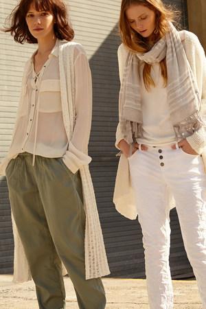 sevda_albers_fashion_838.jpg.5000x1200_q
