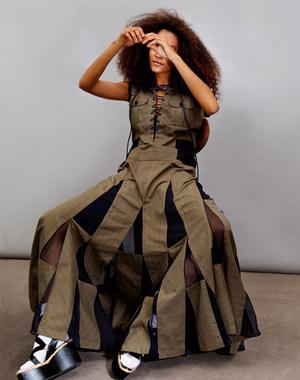 sevda_albers_fashion_651.jpg.5000x1200_q