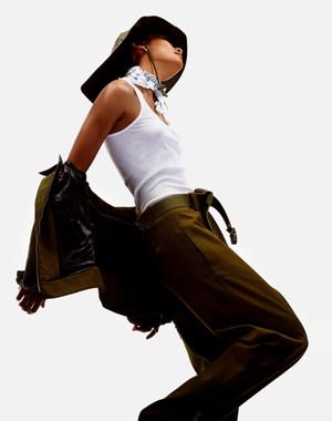 sevda_albers_fashion_654.jpg.5000x1200_q