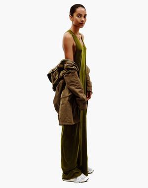 sevda_albers_fashion_650.jpg.5000x1200_q