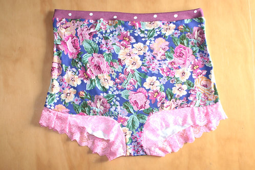 Rosey pink lace 0180 { size 18 left }