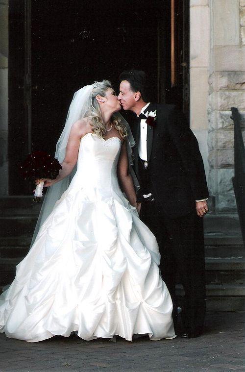 Suddenly+Stepmom+wedding+photo.jpg