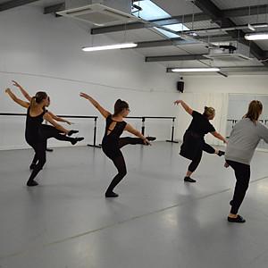 Morphew Modern Dance