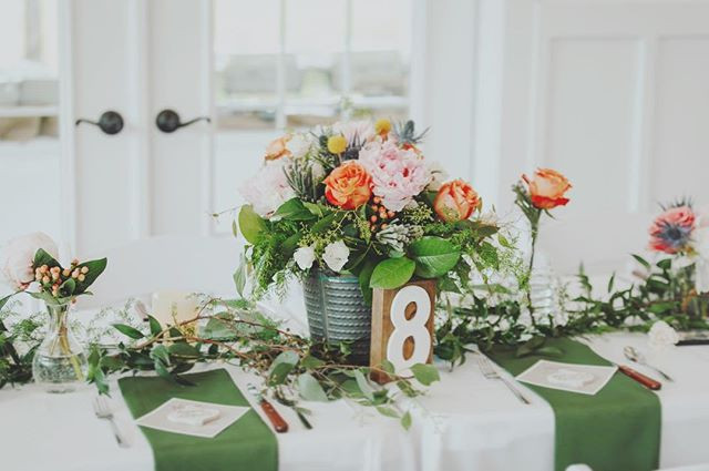 Table 8 📸 _madalynnyoungphotography 💐