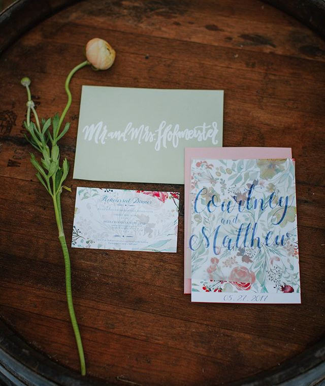 Another look at my invitation suite.jpg