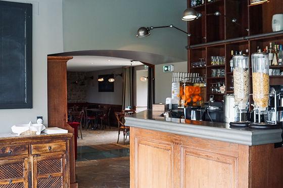 Réception_Hôtel_Douets_fleuris