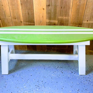 SURFBOARD BENCH WITH A PLASTIC FRAME