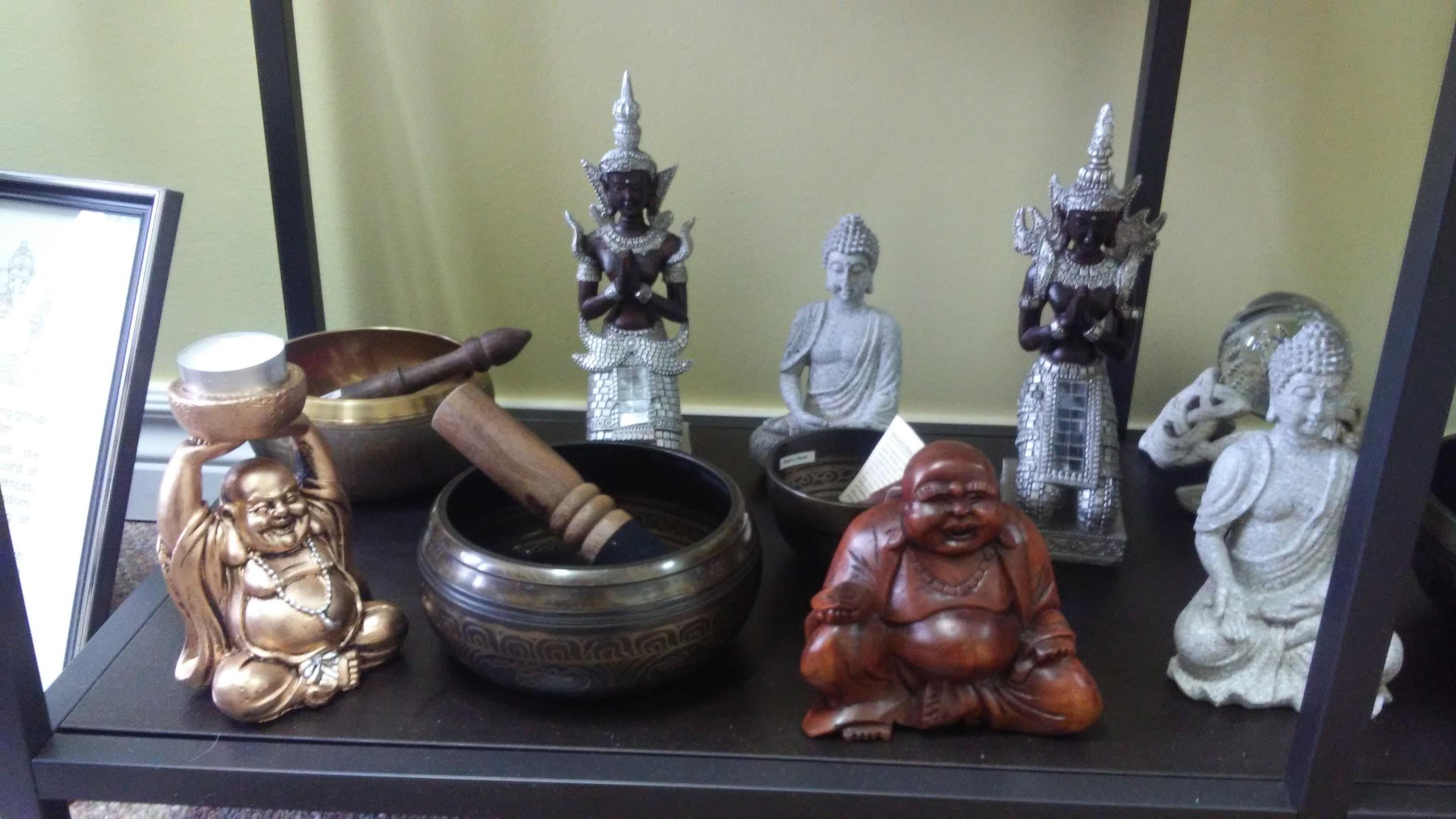 Singing Bowls & Buddhas