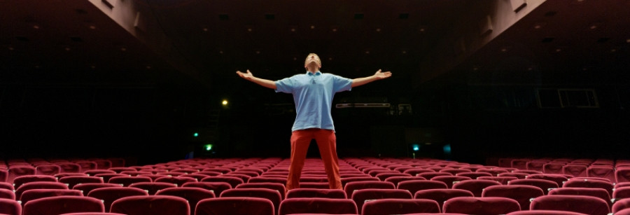 a-theater-seating-installation-is-a-wonderful-thing.jpg
