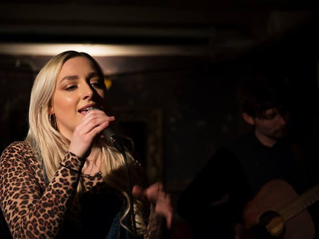 Live Music Feature - Flo Gallop