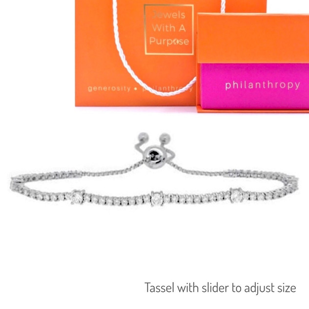 EVERYDAY CLASSIC BRACELET/ Cost to nonprofit: $120/ Value: $500