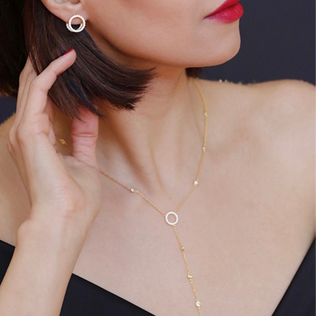 LOVELY LARIAT IN YELLOW GOLD