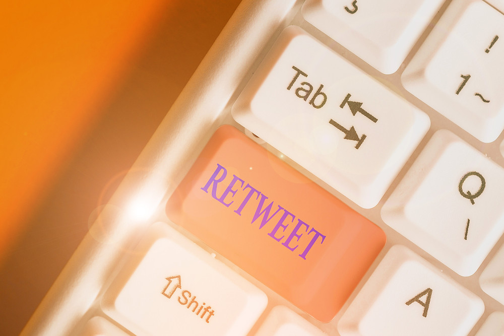 retweet key on keyboard