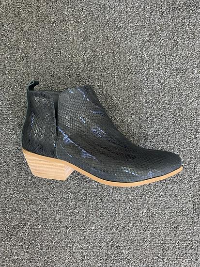 Navy Snake side split boot
