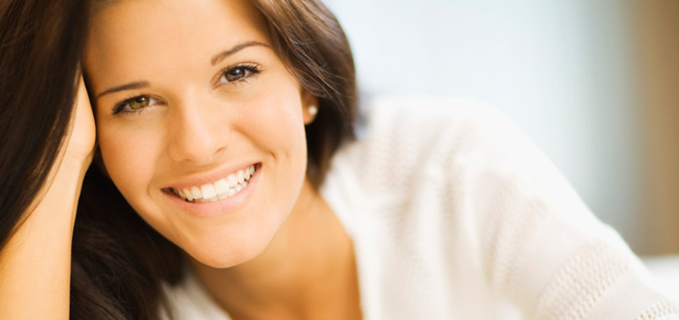 woman with beautiful smile & beautiful teeth