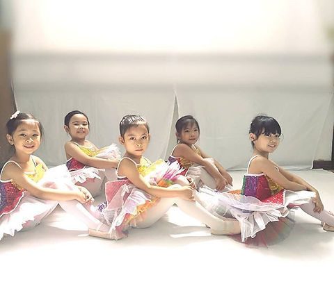 Watch these little ones perform on A Mar