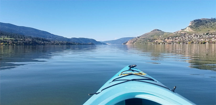 Kayaking%20at%20Okanagan%20Lake%20BC_edi