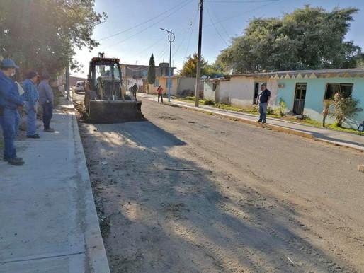REHABILITACION DE CALLE Y CARRETERA EN LA JUNTA AUX. GONZALEZ ORTEGA.