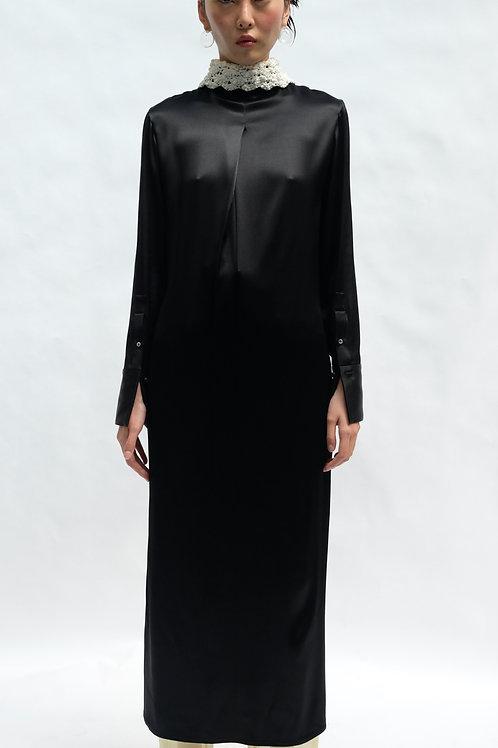 BLACK ELONGATED MIDI SHIRT DRESS