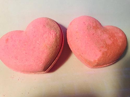 Kiss and Tell Bath Bomb