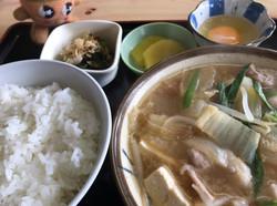豚汁定食(770円)