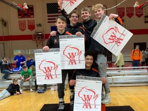 MARSHFIELD, D.C. EVEREST EACH QUALIFY FIVE FOR STATE AT WIAA DIVISION 1 WRESTLING SECTIONAL
