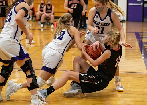 MARSHFIELD GIRLS BASKETBALL ENDS LOSING SKID WITH WINS AT WAUSAU EAST, EAU CLAIRE MEMORIAL