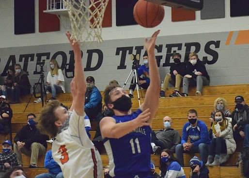 AUBURNDALE BOYS BASKETBALL SIZZLES IN SECOND HALF TO EARN WIN AT STRATFORD