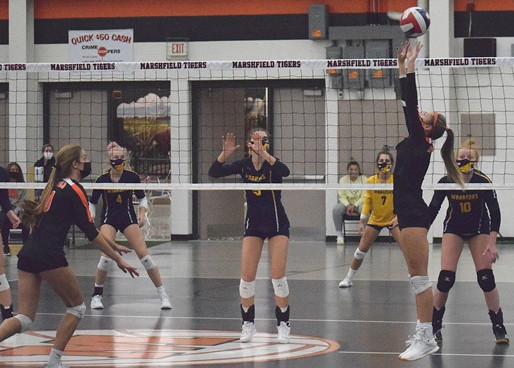 WAUSAU WEST UPSETS MARSHFIELD IN WIAA DIVISION 1 VOLLEYBALL REGIONAL SEMIFINAL