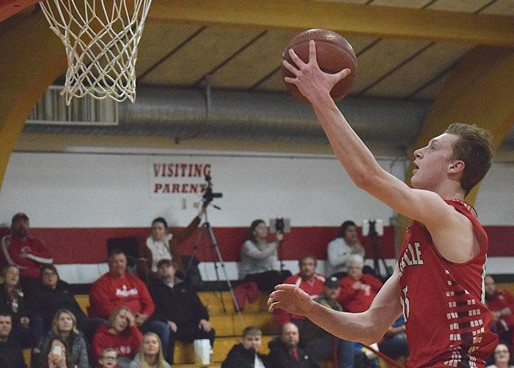 ALL-CLOVERBELT EAST BOYS BASKETBALL: KING, BOGDONOVICH ARE CO-PLAYERS OF THE YEAR