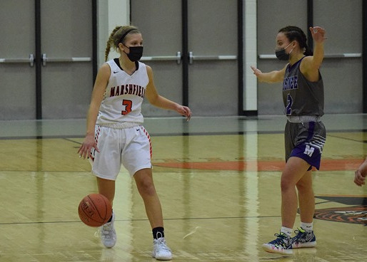 MARSHFIELD GIRLS BASKETBALL DROPS GAMES TO D.C. EVEREST, EAU CLAIRE NORTH