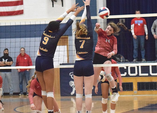 WAUSAU NEWMAN SLIPS PAST MARSHFIELD COLUMBUS IN WIAA DIVISION 4 GIRLS VOLLEYBALL SECTIONAL SEMIFINAL