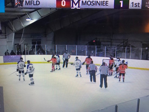 MOSINEE HOLDS OFF MARSHFIELD BOYS HOCKEY
